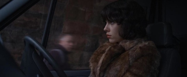 UnderTheSkin-2014-1